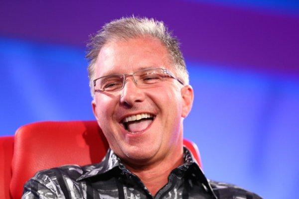 Грег Джосвик: Ошибки в iOS 8.0.1 не были программными
