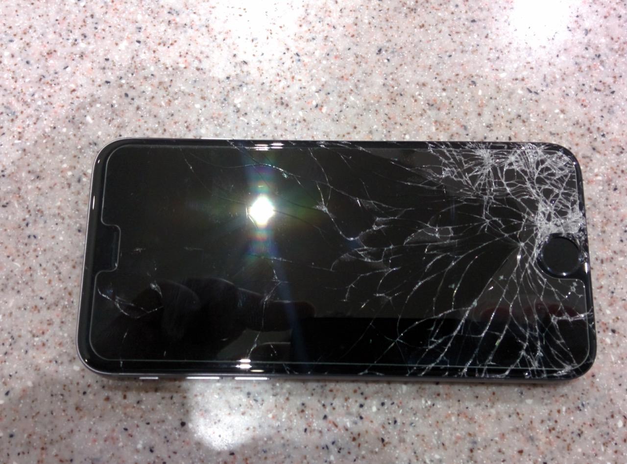 Механическая поломка iPhone 6