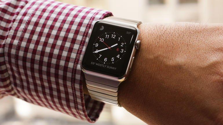 Зачем люди смотрят на экран Apple Watch