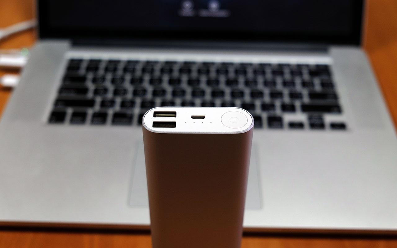 Верхняя крышка в Xiaomi Power Bank