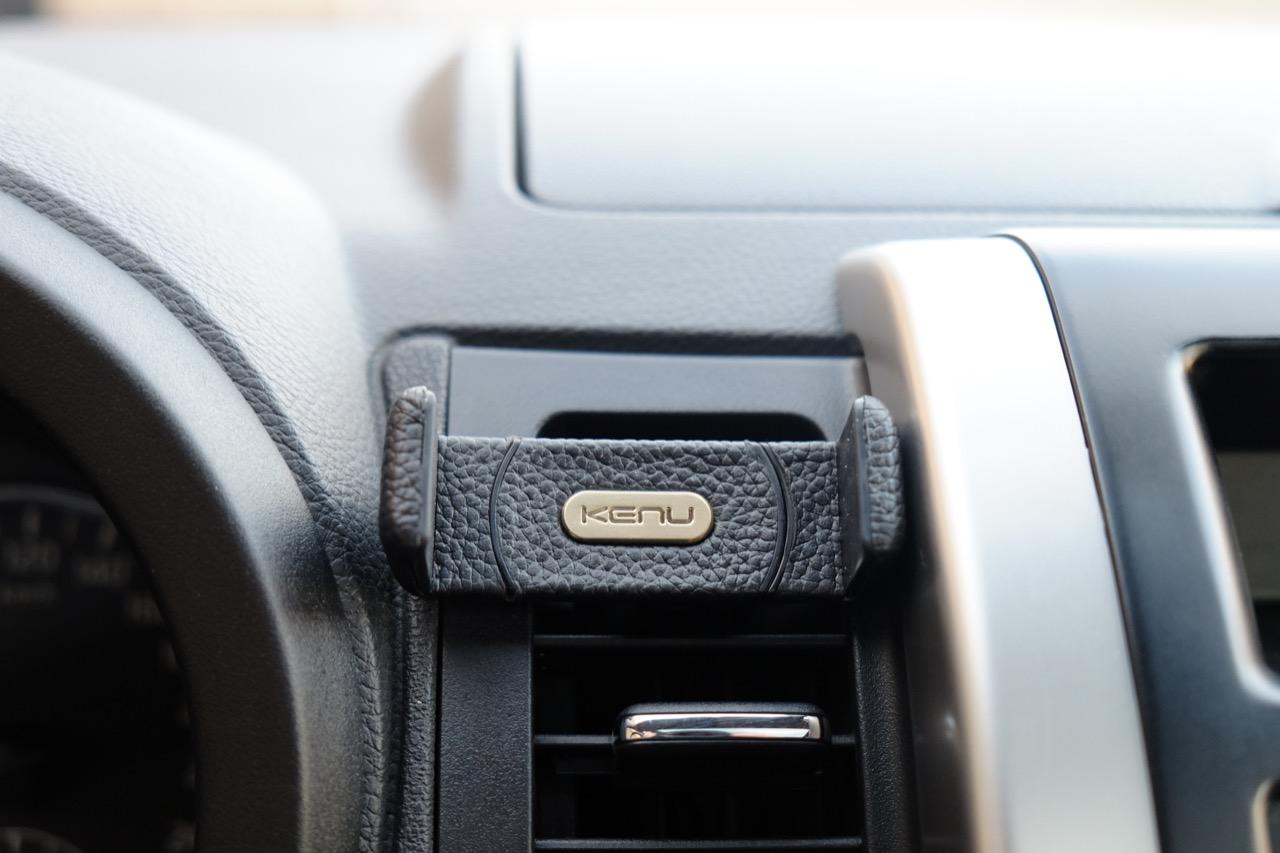 Kenu Airframe+ Leather Edition вид спереди