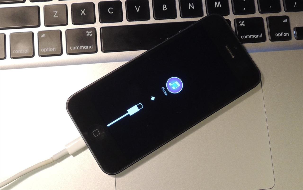 Изображение на экране iPhone с подключением iPhone к компьютеру по USB